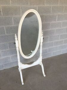 Ethan Allen White Oval Chavel Mirror Model 35 5460 Finish 690