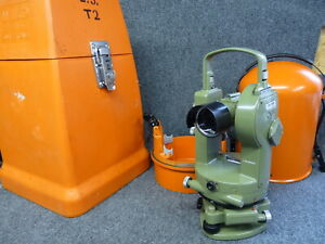 Wild Heerbrugg T1 Transit Survey Optical Theodolite Swiss Both Cases