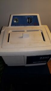 Branson 2510r mth Ultrasonic Cleaner W Lid Working Clean