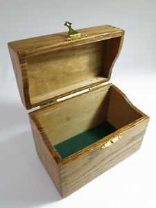 Antique Early 1900s Solid Oak Desk Top Recipe Card File Box With Brass Clas
