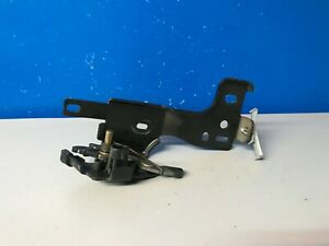 2002 2008 Chevrolet Trailblazer Rear Tailgate Window Latch 15086837 Oem