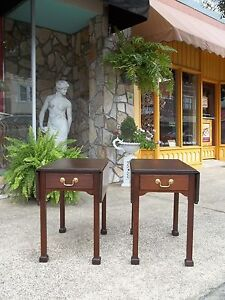 Fantastic Amercian Chippendale Pembroke Tables In Mahogany 20th Century