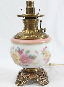 Antique Glass Brass Electrified Oil Kerosene Lamp Painted Floral Gwtw Parlor