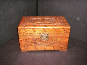 Vintage Chinese Carved Camphor Wood Jewelry Chest Box Casket Completely Lined