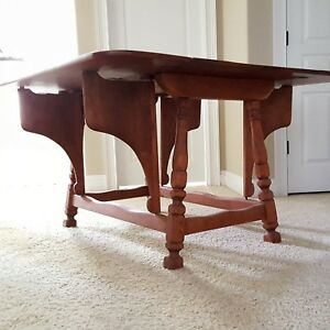 Cushman Colonial Butterfly Drop Leaf Solid Maple Table Rare Unique Great Color