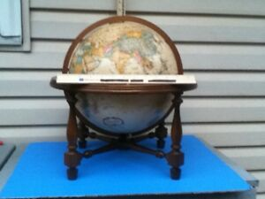 Replogle 12in Dia World Class Series World Globe With Stand