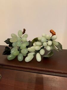Vintage Chinese Celadon Green Jade Carved Grape Cluster With Stone Leaves Set