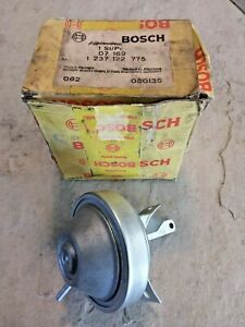New Oem Bosch Distributor Vacuum Advance 1237122775