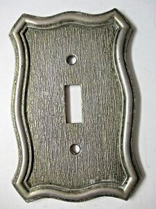 Vintage American Tack Hdwe 1968 Antique Brass Switch Plate Cover Fine Lines