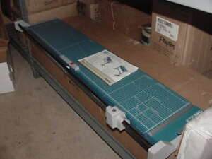 Dahle Professional Rolling Paper Cutter Trimmer 558s W Stand 51 1 8 New Local