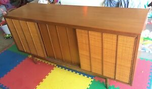 Mid Century Buffet Server Entertainment Console Credenza By Hooker Mainline Rare