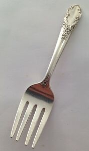 Antique Rogers Sterling Is Silver Bridal Veil 4 In Baby Fork 16 8 Grams No Mono