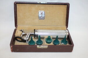 Vintage Welch Allyn Diagnostic Set With Opthalmoscope Specula Handle
