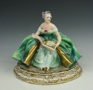 Capodimonte Guido Cacciapuoti Figurine Lady With Book As Is Worldwide