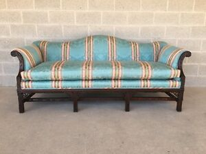 High Quality Vintage Camel Back Chinese Chippendale Style Formal Sofa 80