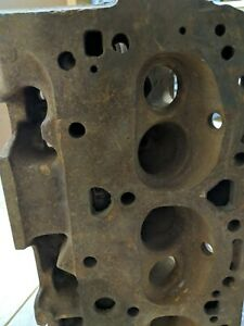 Sbc Cylinder Heads Pair 3782461 Chevy 64 Cc Closed Chamber Double Hump Heads
