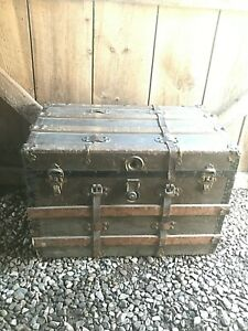 1800 S Flat Top Steamer Trunk Antique Vintage Trunk Treasure Chest