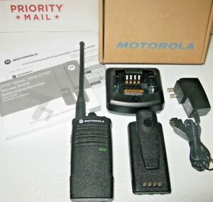 1or2 Motorola Cp110 Uhf Two Way Radio Charger Battery In Box Fast free Shipping