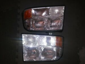 1998 2001 Gmc Jimmy Sonoma Pickup Oldsmobile Bravada Set Of Headlights Fixtures