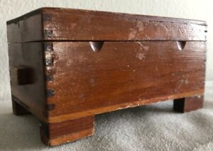 Small Vintage Wooden Dovetailed Box Trinket Size 4 5 X 2 5 X 2 25 Cedar