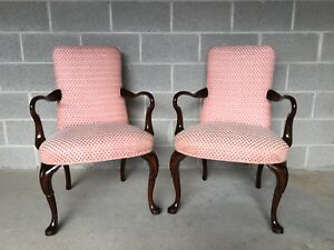 Hickory Chair Pair Of Goose Neck Formal Queen Anne Style Arm Chairs