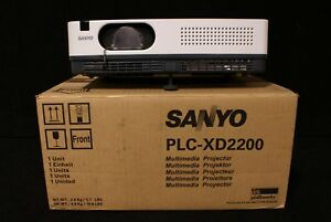 Sanyo Plc xd2200 Lcd Projector 47 Hrs Unit 3