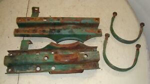 Oliver 1250 Gas Tractor Fender Mounting Brackets