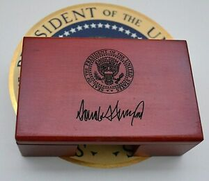 Official Trump Presidential Seal Business Card Holder desk top rosewood signed