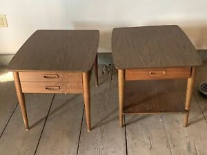 Midcentury Lane Walnut Retro End Table With Drawer 28 D X 21 W X 20 H Laminate