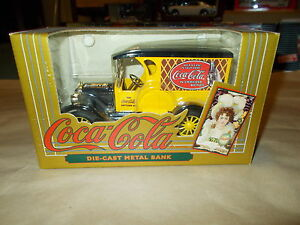 NEW OUT OF CASE! Coca Cola ERTL Die-Cast Metal Bank 1993 Yellow Delivery Truck