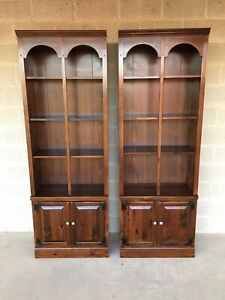 Ethan Allen Antiqued Old Tavern Pine Bookcases 12 9015 Finish 212 A Pair