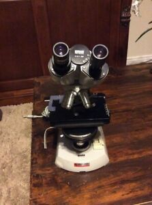 Zeiss Binocular Microscope Complete with Phase Contrast And 4 Objectives