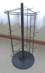 Revolving Wire Display Stand 27 1 2 Tall 12 Base 18 Hooks Black Gently Used