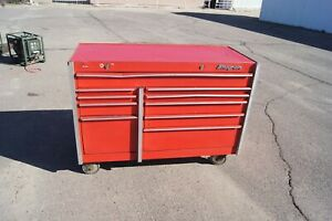 Snap On 12 Drawer Tool Box With Key
