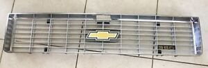 1973 Chevy Chrome Grille Repaired Painted Middle 350 Emblem new Bowtie Emblem