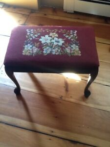Vintage Needlepoint Ottoman Bench Or Vanity Bench