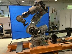 Motoman Es200n 6 Axis Cnc Robot With Nx100 Controller On 16 7th Axis Track