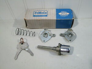 Nos 1959 Mercury Passenger Car Front Door Handle Button Kit New In Ford Box