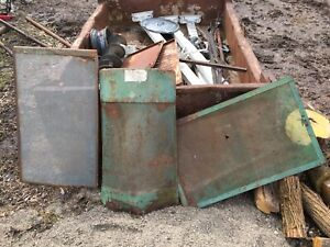 Antique John Deere 600 Sprayer Grilles And Engine
