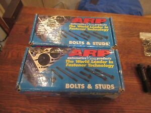 351 W 54 3603 Arp Fasteners Cylinder Head Bolt Set And Arp 154 5403 Main Set
