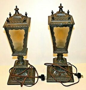 Pair Of 2 Vintage Spelter Art Nouveau Deco Lamps In Perfect Condition