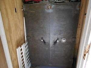 Large Commercial Type Mosler Safe 39 1 2 Wide X 61 High double Doors combinati