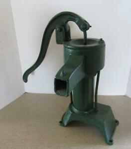Antique Cast Iron Hand Pump Water Pitcher Pump Garden Decor Green