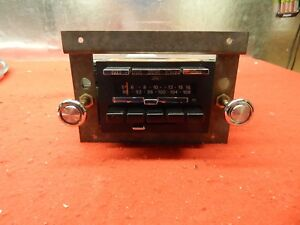 Used 78 79 Mercury Lincoln Cougar Marquis Am fm Radio Assembly d8my 18806 a