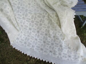 Georgeous Antique Vintage French Lacy Hand Made Bed Cover 78 X78