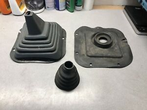 Nissan Pickup 1987 2wd Shift Rubber Boot Oem