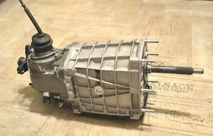 Lada Niva Gearbox 5 Speed Oem New Vaz