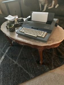 Smith Corona Deville 650 Electric Typewriter W Case Vgc Spell Check And Memory