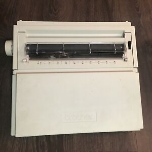 Brother Electronic Typewriter Ax 350 Tested Works Some Yellowing On Bottom Keys
