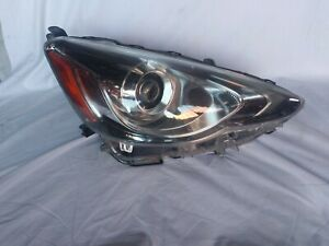 Toyota Prius C 2015 2016 2017 Led W Proyector Right Oem Headlight
